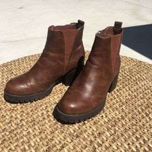 New MIA Brown Leather Colton Boots